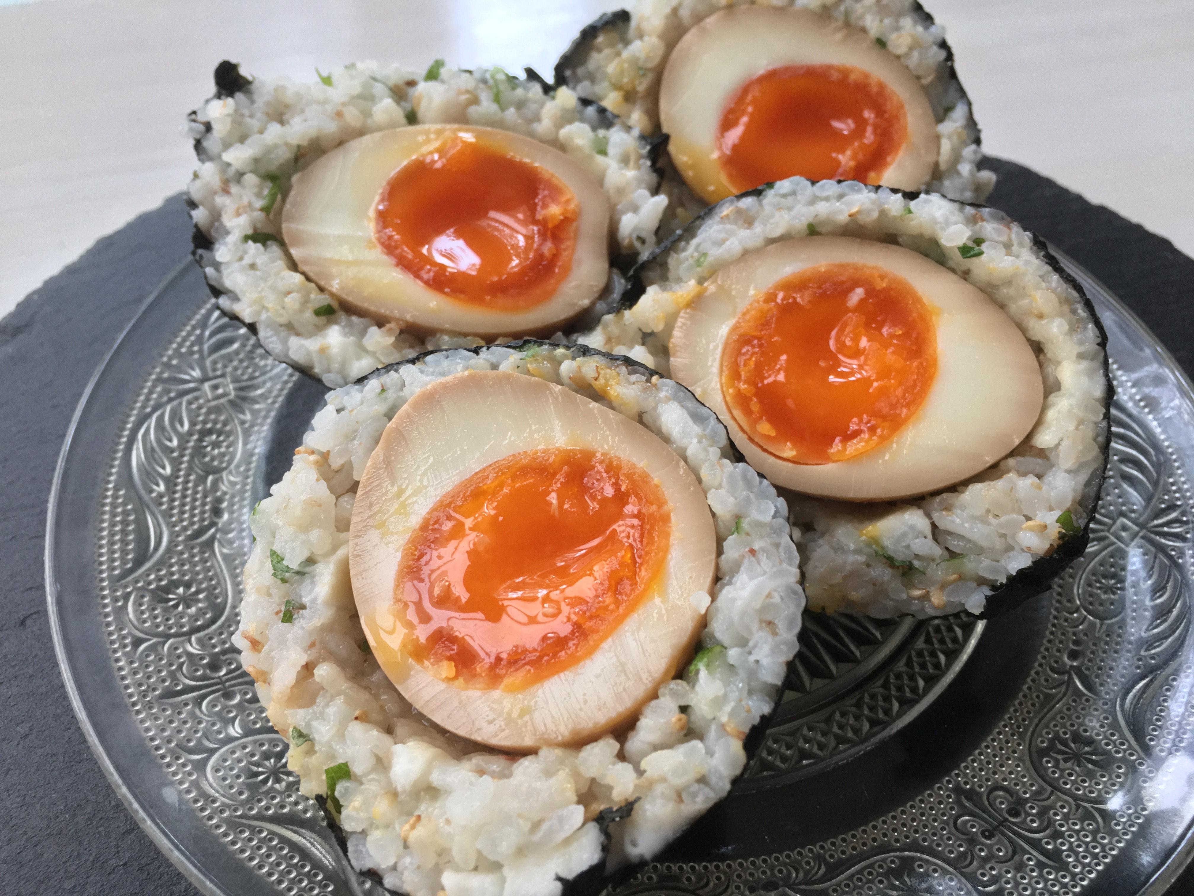 「煮卵チーズおかかおにぎり」第1回 アスリートフードレシピコンテスト「テーマ補食」 入賞作品